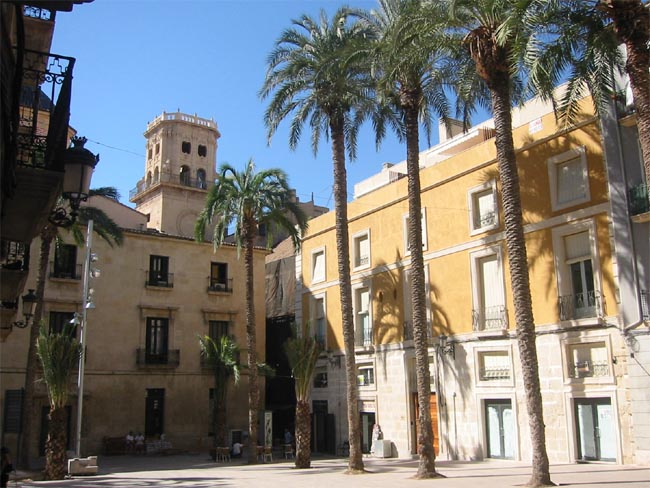A Guide to Alicante's Best City Walks
