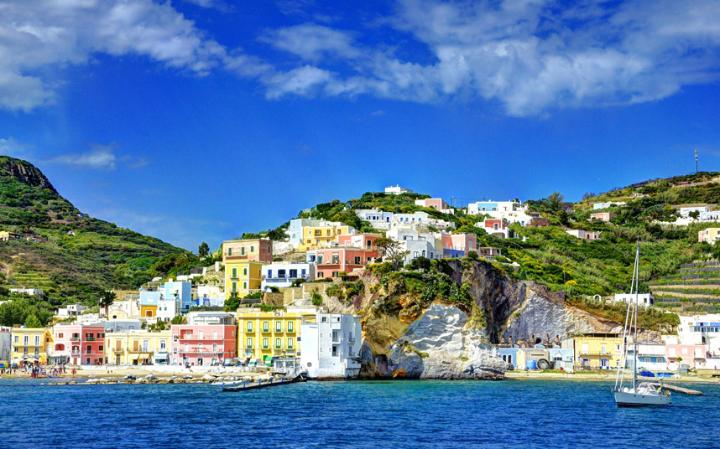 3 Magical Holidays in the Med