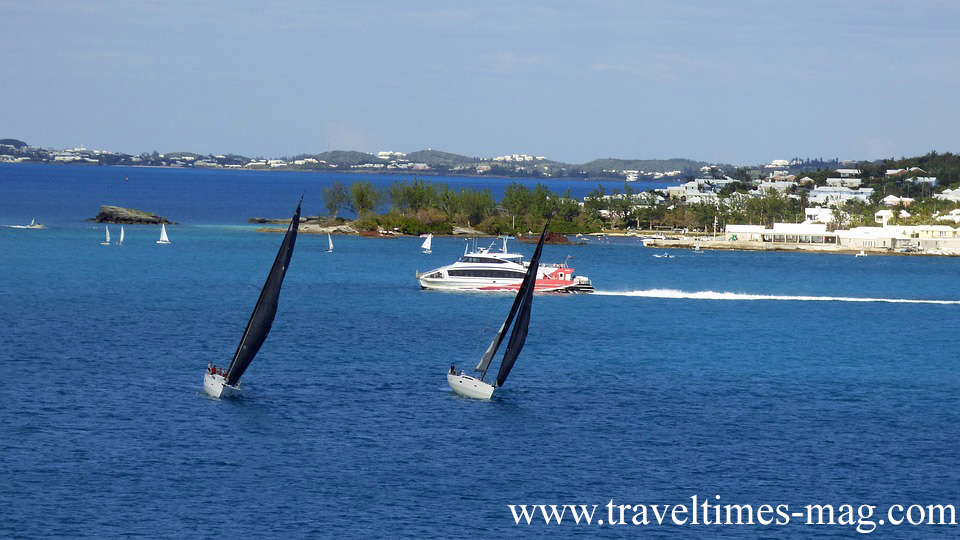 ADVENTURES ON AND UNDER BLUE WATERS: BERMUDA HOLIDAYS